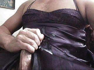 傑克關閉在鄰居女用貼身內衣褲巨大的射擊
