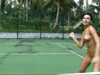 你喜歡網球嗎?