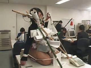 日本辦公室羞辱