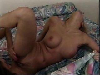 經典的年輕女同性戀者有熱的性