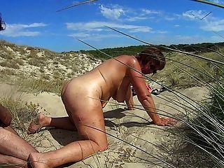 海灘他媽的蕩婦
