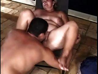 兩個胖的吮吸和他媽的與不同的人