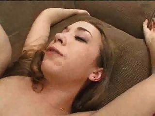 creaming女孩得到轟炸硬bukkake
