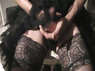 穿著熱襯裙,手淫和暨通過尼龍