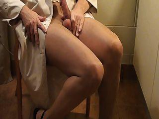 pantyhose handjobs週末與我的gf