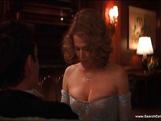 西格妮·韋弗在裸體&性感場景的最好的高清