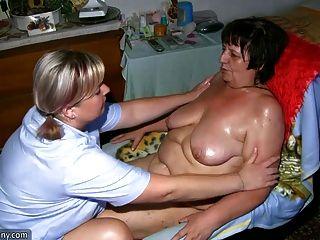 胖的奶奶和脂肪的自製手淫與假陽具