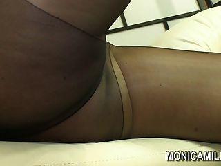 挪威monicamilf在尼龍內褲軟管場景norsk