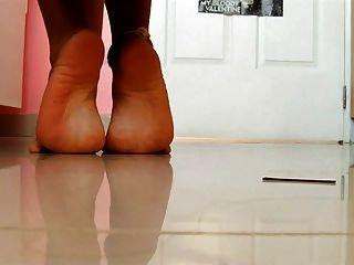 性感的女孩拉丁熱腳性感的鞋底