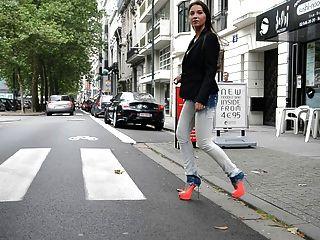 julie skyhigh:蕩婦走在gml高跟鞋和牛仔褲