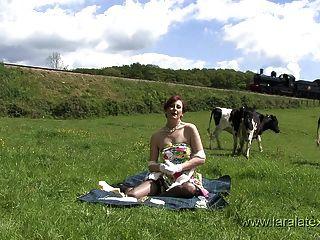 英國milf lara乳膠介紹她的網站
