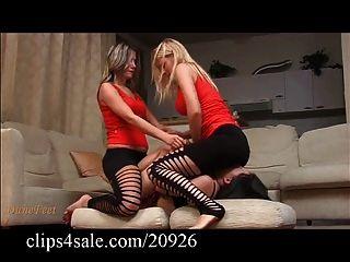 性感的臉坐在clips4sale.com