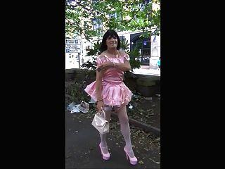 donna sissy蕩婦公共步行