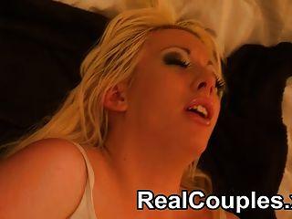 真正的夫婦纈草和kai在床上玩