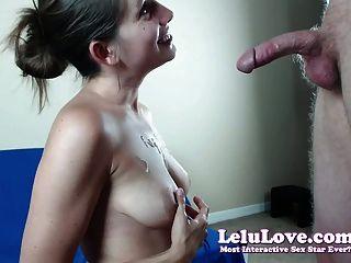 網絡攝像頭女孩驚喜他與活口交然後手淫