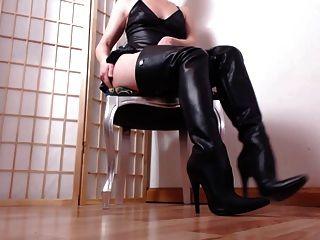 你的女士在熱皮靴