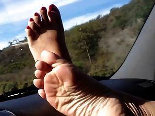 踏板抽我的亞洲的俏麗的腳