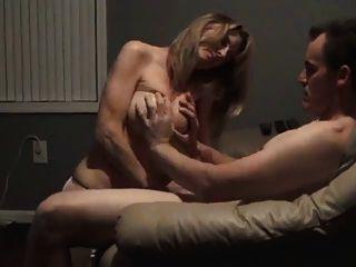 妻子吮吸和他媽的電影