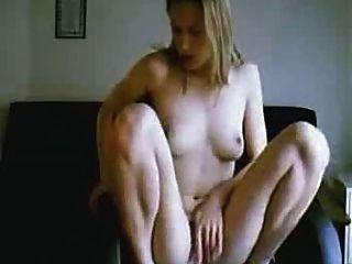 性感的攝像頭女孩下車