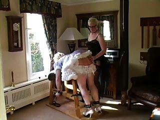 sissy女傭