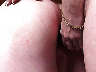 醜陋的人讓女主人pegg他的處女屁股