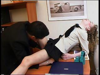 老闆和他的秘書