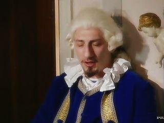 18世紀主題的mmf三人行
