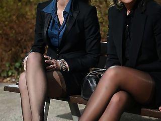 2年輕性感的秘書在復古絲襪&吊襪帶