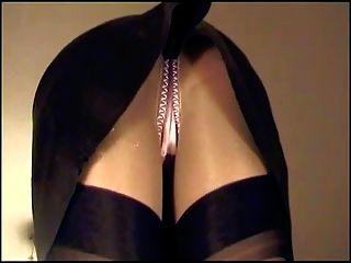 皮革裙緞內褲