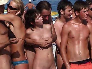 俄羅斯裸體主義者陣營