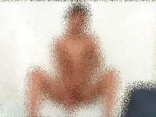 毛茸茸的安德烈獨奏淋浴