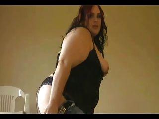 角質美麗的脂肪bbw朋友顯示她的大山雀