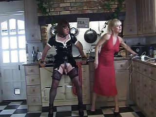 madame c和當歸在廚房裡