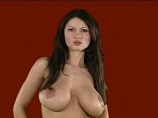 美麗的大胸部veronica zemanova(滑稽的bloopers)