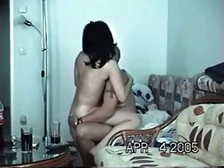 在家裡與妓女做愛