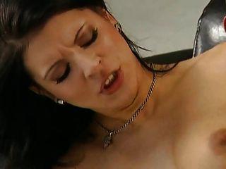 doble penetracion vaginal a putita de rojo由turyboy