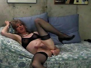 donna愛她的大假陽具!