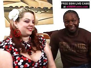 黑人發現驚人的bbw脂肪屁股和他媽的第1部分