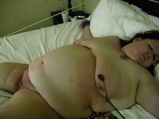 自然的怪胎130脂肪奶奶打屁股