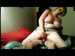 bbw和她的男朋友在床上