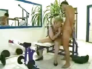 德國奶奶oma鍛煉第1部分