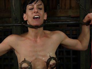 奴隸折磨和乞求暨1的2