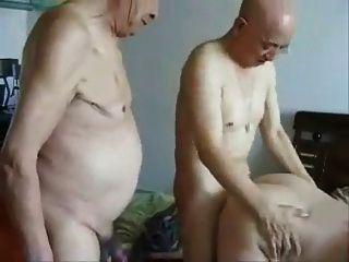 日本爺爺和奶奶