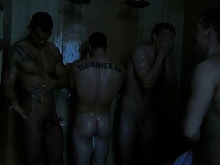 使他的妓女在淋浴樂趣