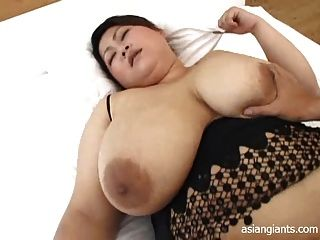 亞洲bbw與大胸部