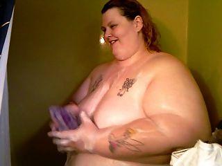 第一次在我的視頻在淋浴