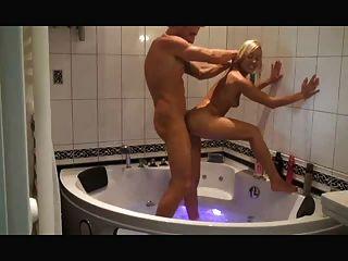 in der badewanne durchgefickt