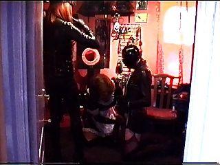 alison thighbootboy和情婦paula thighboots和乳汁