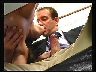 如何選擇一個新的秘書...!
