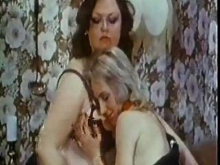 豐滿女同性戀3